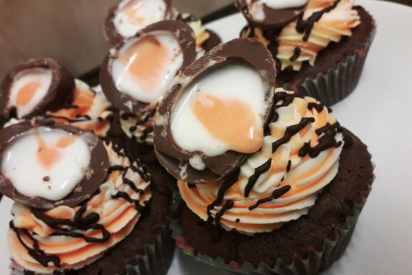 Creme Egg Easter Chocolate Cupcakes